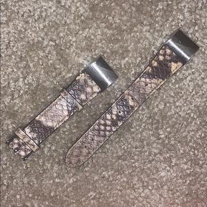 BRAND NEW Fitbit Charge 2 Sleek Snakeskin Band